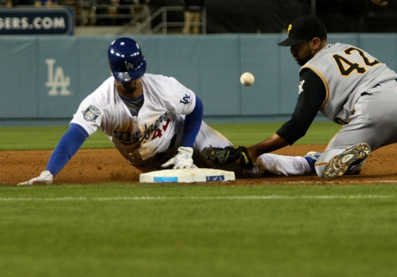 Pittsburgh pirates v los angeles dodgers 6fy0 cf2rill.jpg?ixlib=rails 2.1