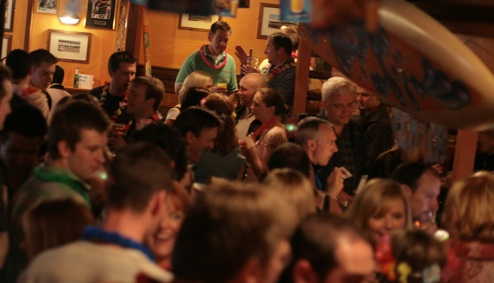 Crowded bar.jpg?ixlib=rails 1.1