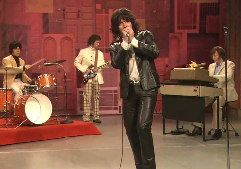 Jimmy fallon as jim morrison sings reading rainbow theme.jpg?ixlib=rails 2.1