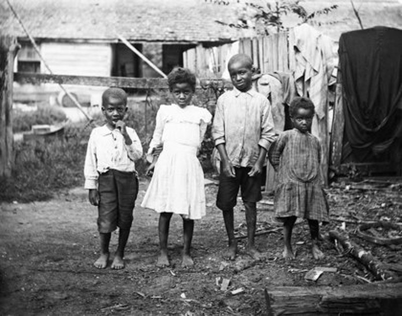 Rsz four black children in yard 1890 1910.jpg?ixlib=rails 2.1