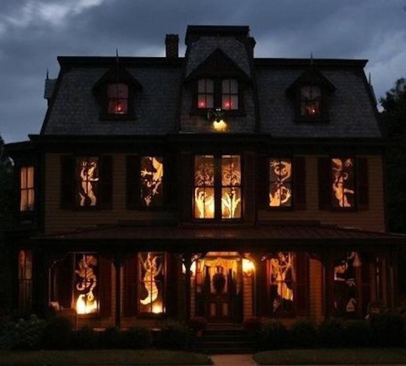 Rsz house halloween.jpg?ixlib=rails 2.1