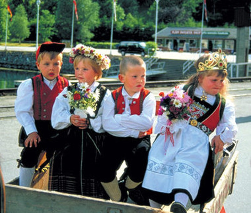 Rsz norway fjords kids big.jpg?ixlib=rails 2.1