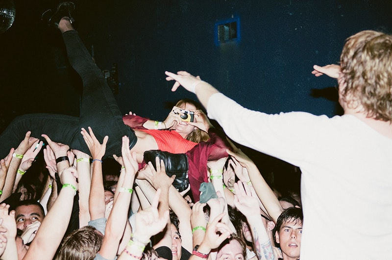 Ty night 2 photo 4 girlfriend crowdsurf photo.jpg?ixlib=rails 2.1