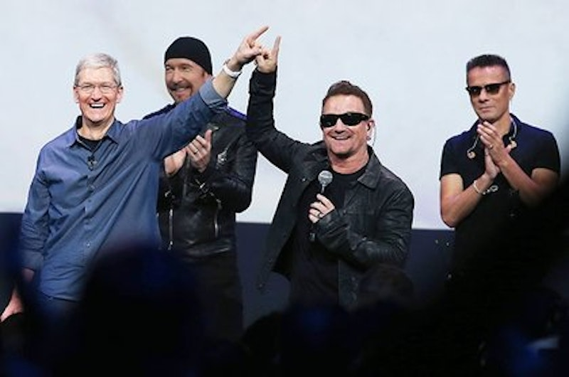 Rsz tim cook u2 bono the edge apple 2014 billboard 650x430.jpg?ixlib=rails 2.1