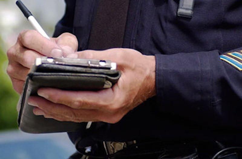 Rsz cop writing ticket.jpg?ixlib=rails 2.1