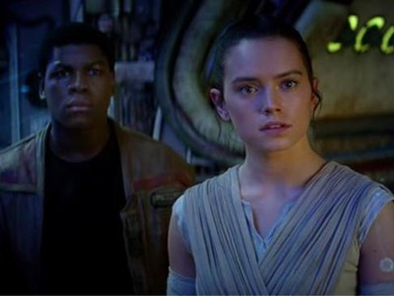 Rsz la et hc star wars the force awakens trailer 20151019.jpg?ixlib=rails 2.1