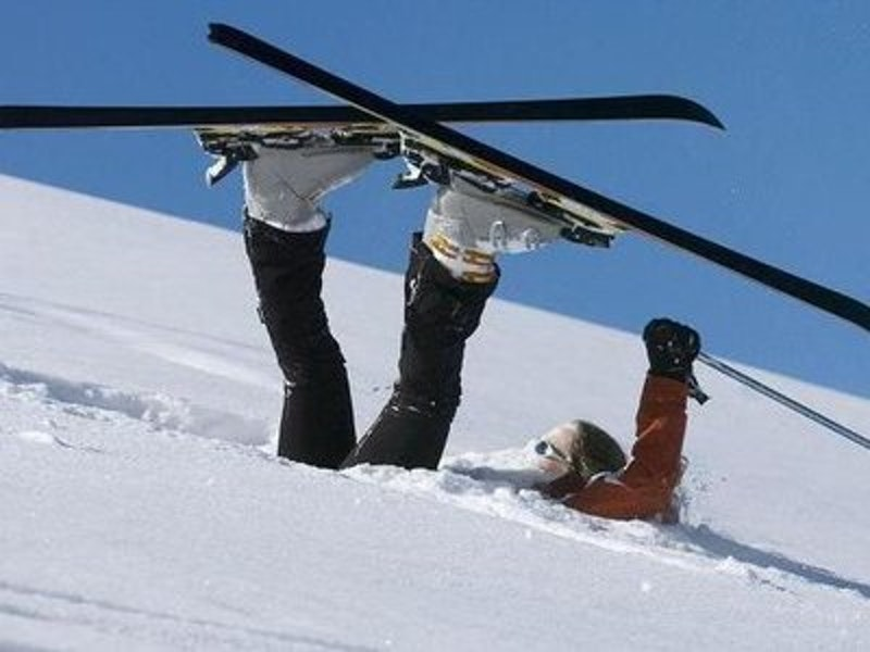Rsz fall in skis1.jpg?ixlib=rails 2.1