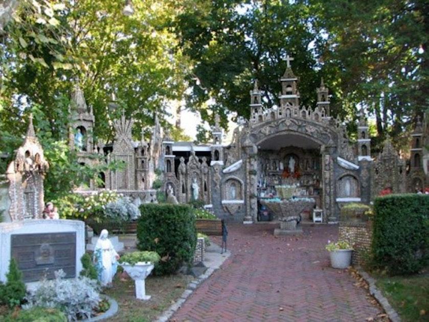 The Devoted Faithful Of Staten Island Www Splicetoday Com