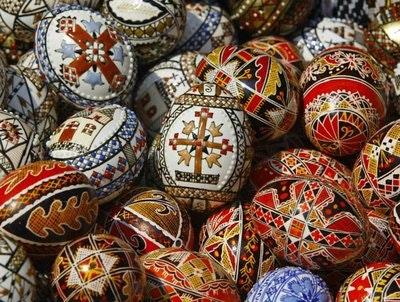 Rsz 02zb easter holy week easter eggs bucharest romania.jpg?ixlib=rails 2.1