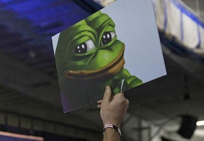 161013 pepe frog trump rally 315p e5c75506e253d9791b4a46501aca942a.nbcnews ux 2880 1000.jpg?ixlib=rails 2.1