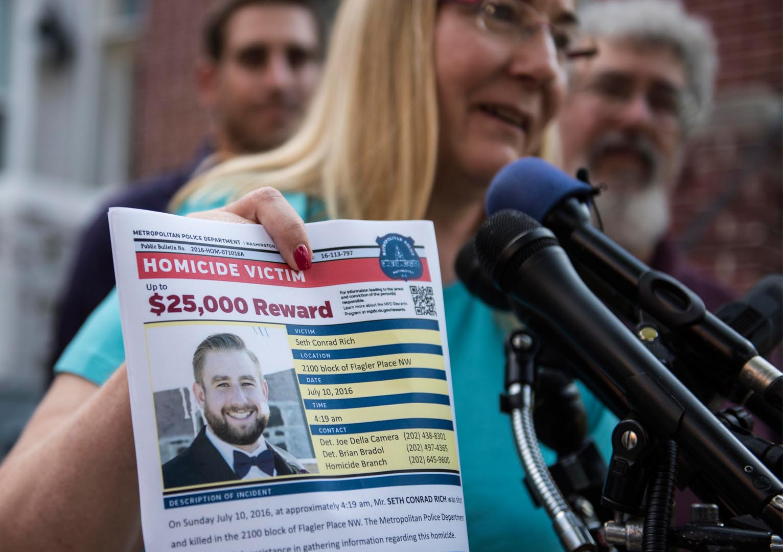Family of slain DNC staffer demands retractions