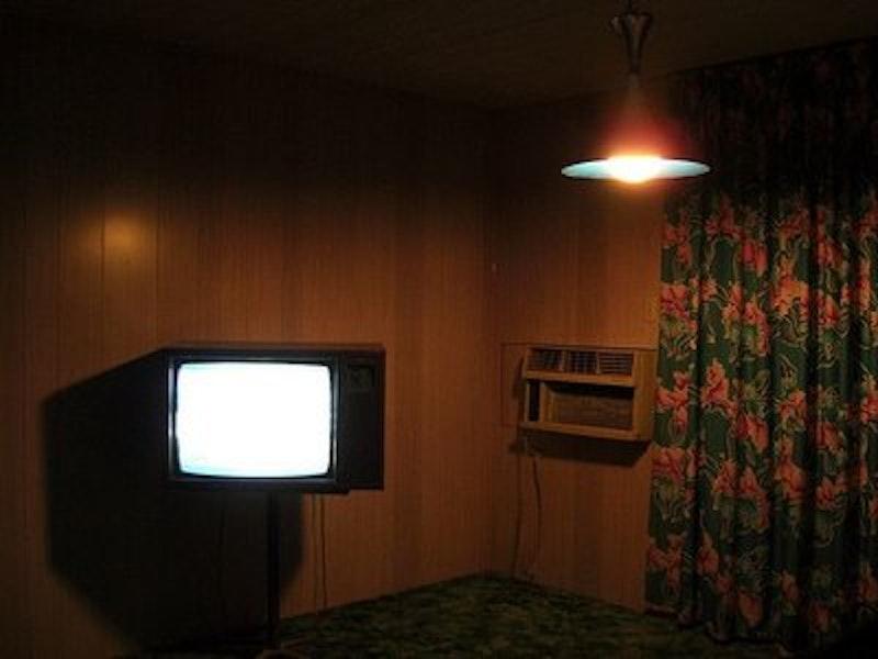 Rsz 09ce03afc2c4b0f881e230eed0f80ccb  motel room motel aesthetic.jpg?ixlib=rails 2.1