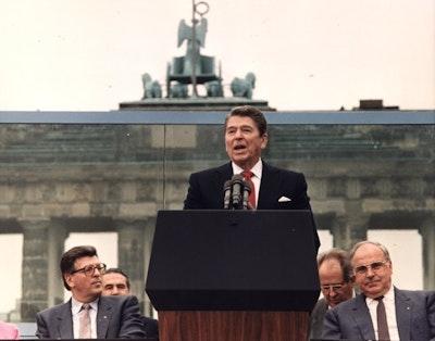 Reagan berlinwall youtube.jpg?ixlib=rails 2.1