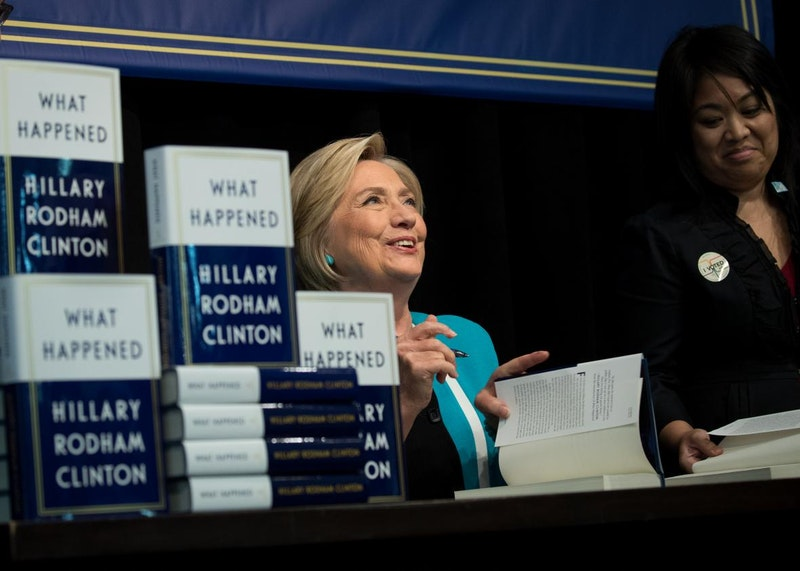 Hillary clinton signs copies of her new book what happened in nyc.jpeg.crop.promo xlarge2.jpg?ixlib=rails 2.1