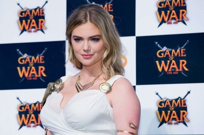 Kate upton  game of war   fire age promotional event  05 662x441.jpg?ixlib=rails 2.1