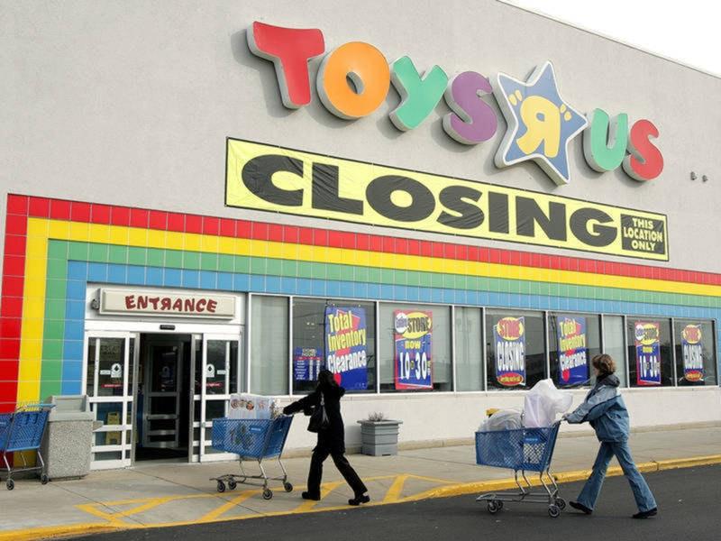 Toys r us store closing 1521062454 1981.jpg?ixlib=rails 2.1
