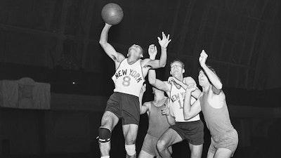 Knicks basketball.jpg?ixlib=rails 2.1