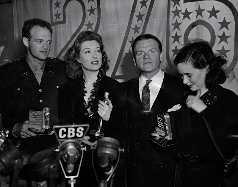 1943 van heflin greer garson james cagney theresa wright1.jpg?ixlib=rails 2.1