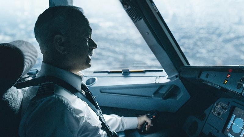 Sully tom hanks flying a plane.jpg?ixlib=rails 2.1