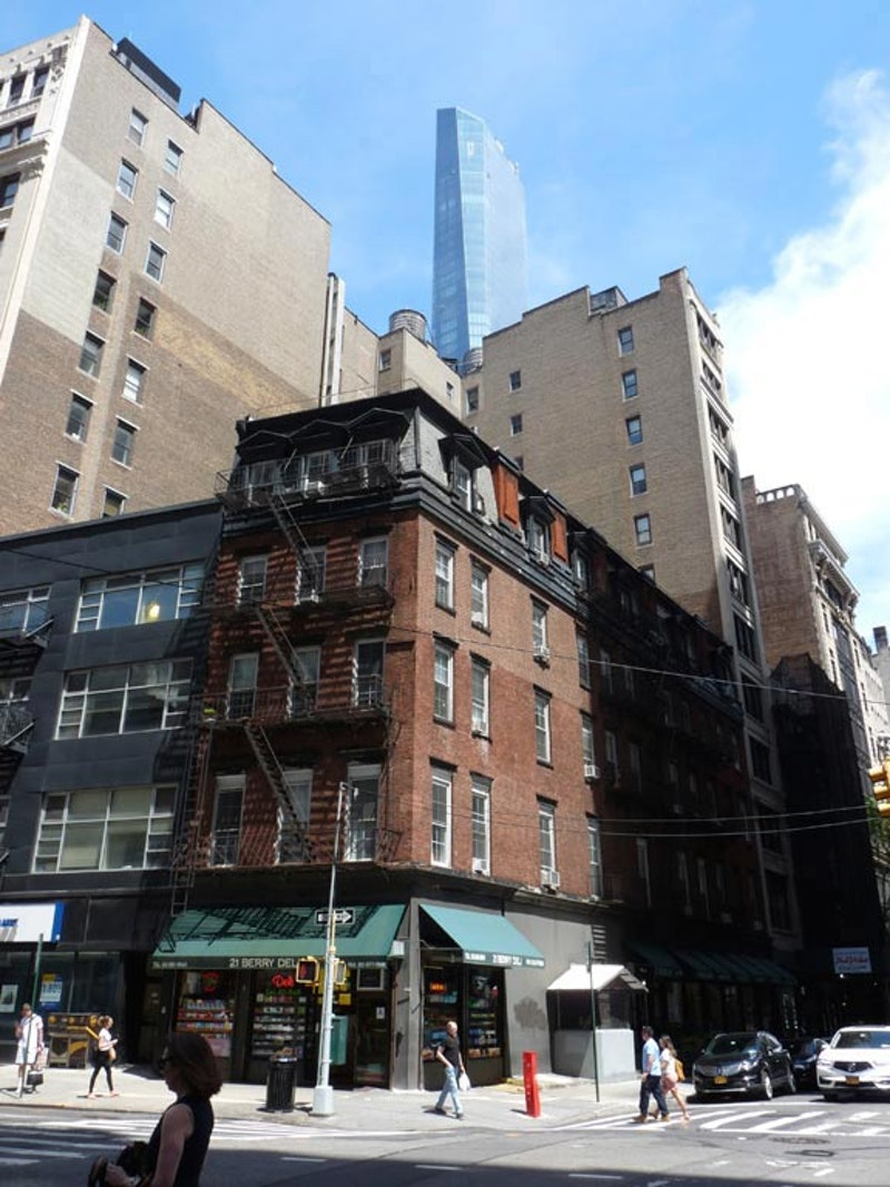 Broadway 21.jpg?ixlib=rails 2.1