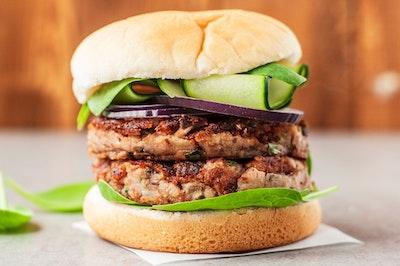 Vegan mushroom bean burger recipe 3378623 13 preview1 5b241897fa6bcc0036d2c9bf.jpeg?ixlib=rails 2.1