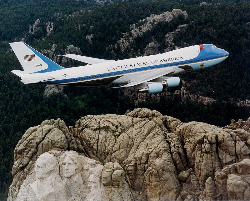 1200px air force one over mt. rushmore.jpg?ixlib=rails 2.1