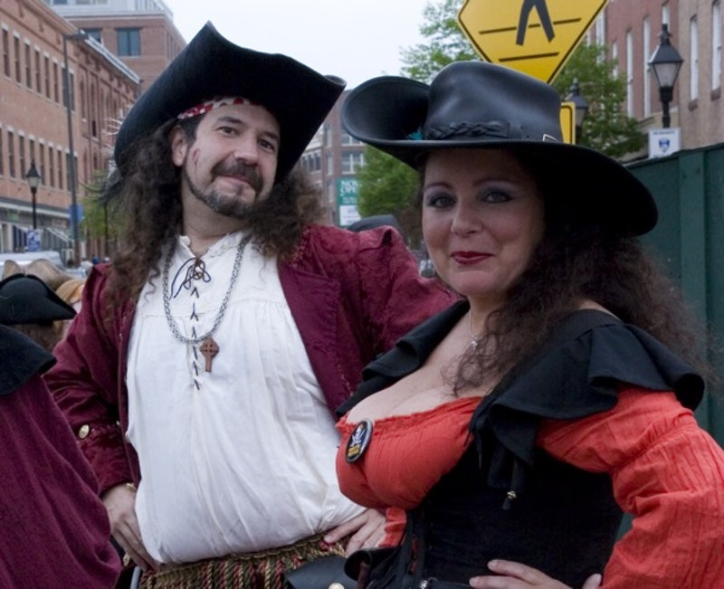 Piratecouple.jpg?ixlib=rails 2.1