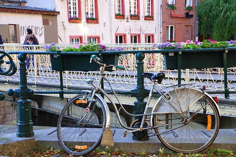 Old bike.jpg?ixlib=rails 2.1