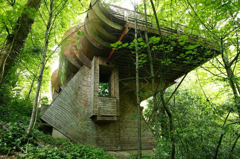 Ultimate tree house design robert harvey oshatz.jpg?ixlib=rails 2.1