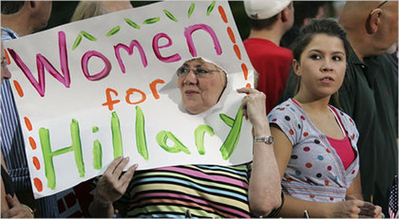 Women rallying for hillary.jpg?ixlib=rails 2.1