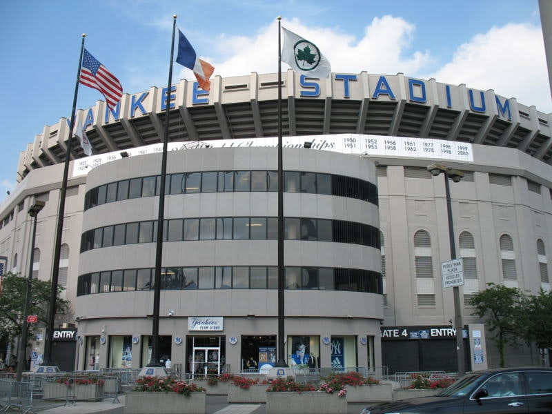 3769 800px yankee stadium exterior.jpg?ixlib=rails 2.1